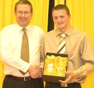 Mark Canning accepts his Sons View player of the season award for2006/2007